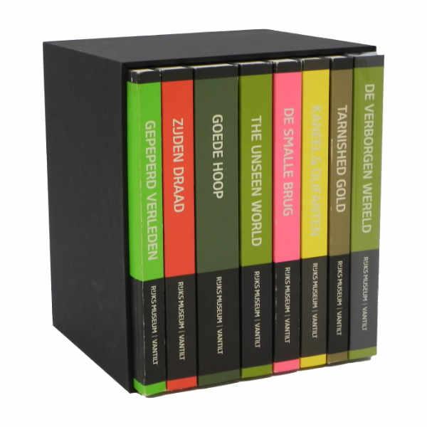 Cassette voor een serie boeken van massief karton